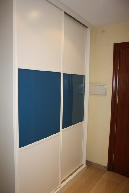 Precio puertas armarios empotrados cool puertas puertas for Precios de armarios empotrados